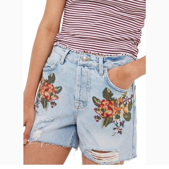 Topshop Pants - Embroidered Topshop Jean Shorts